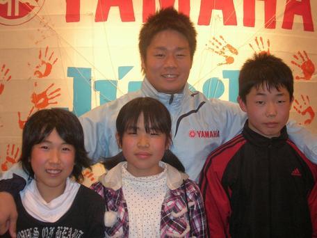 井本選手と小学生記者